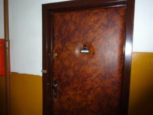 NOVÉ!!! DRAŽBA !!! 3 izbový byt s príslušenstvom na 3. poschodí na ul. Mierová 1094 / 40 v Starej Ľubovni!!! DRAŽBA !!! v 11.00. hod.   za 42.100 eur